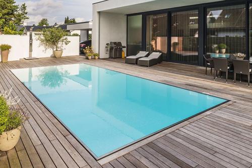 piscina-desbordante