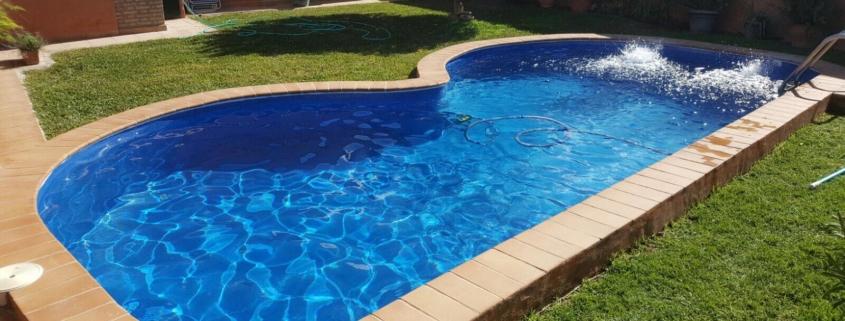 construcción piscina de obra